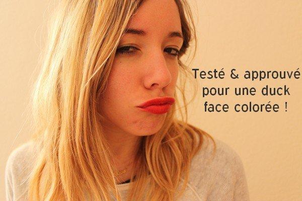 Rouge à lèvres cosmétique