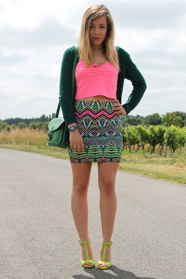 Tenue colorée flashy originale