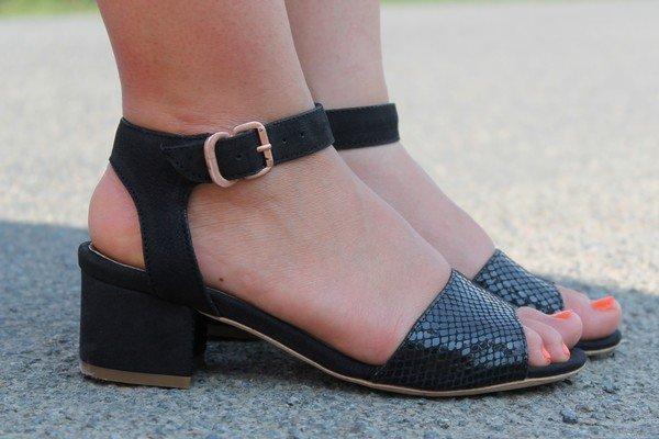 sandales chaussures noires