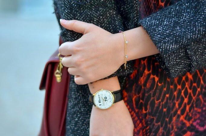 Détails bijoux montre
