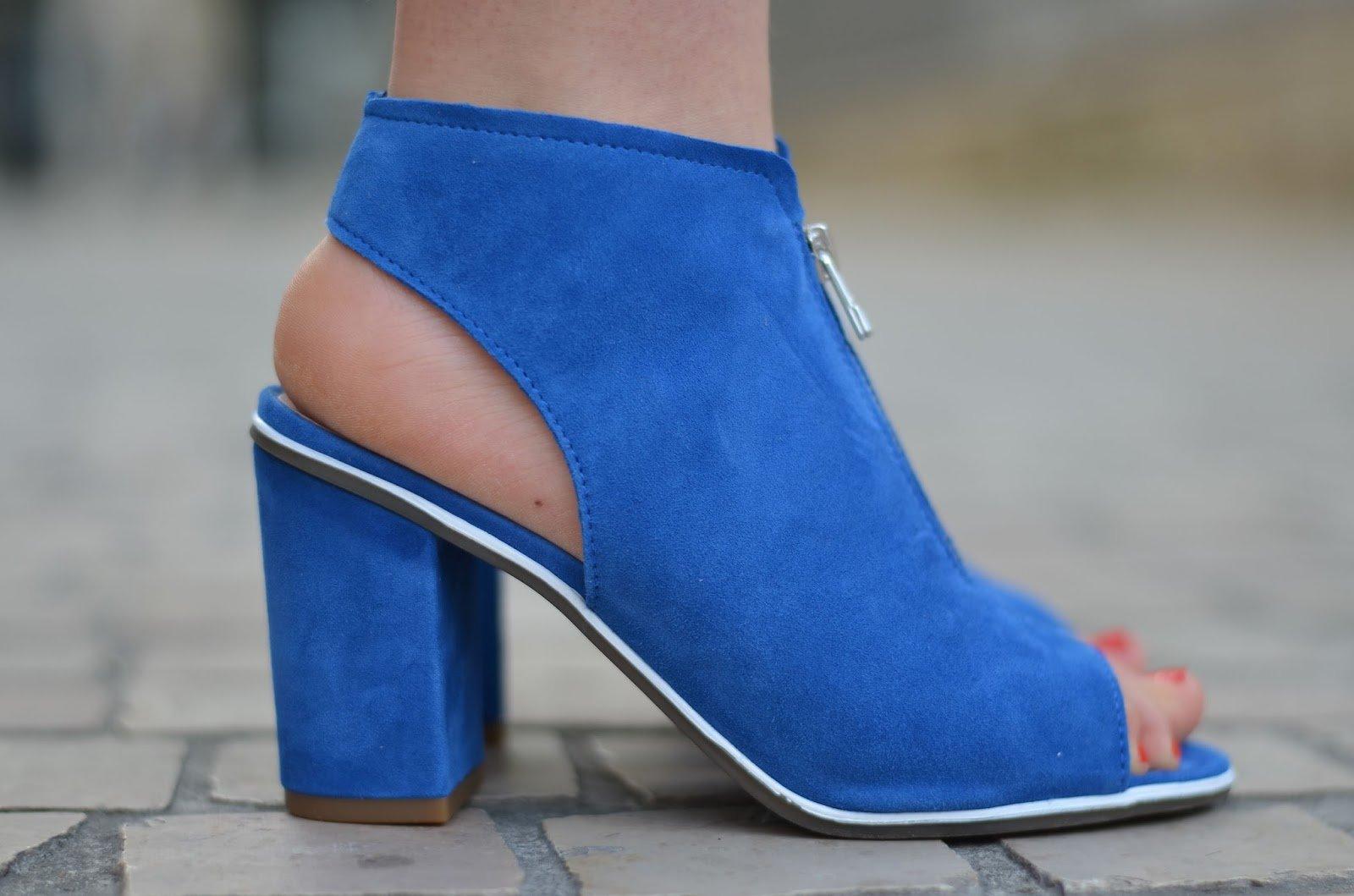 Sandale bottines ouvertes bleu