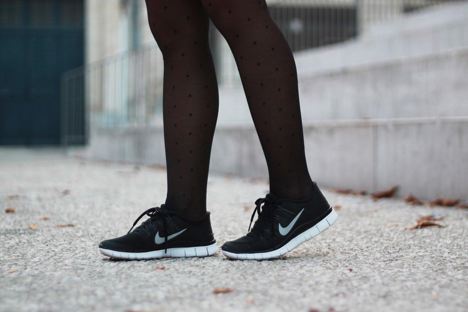 Nike free run noir blanc look casual