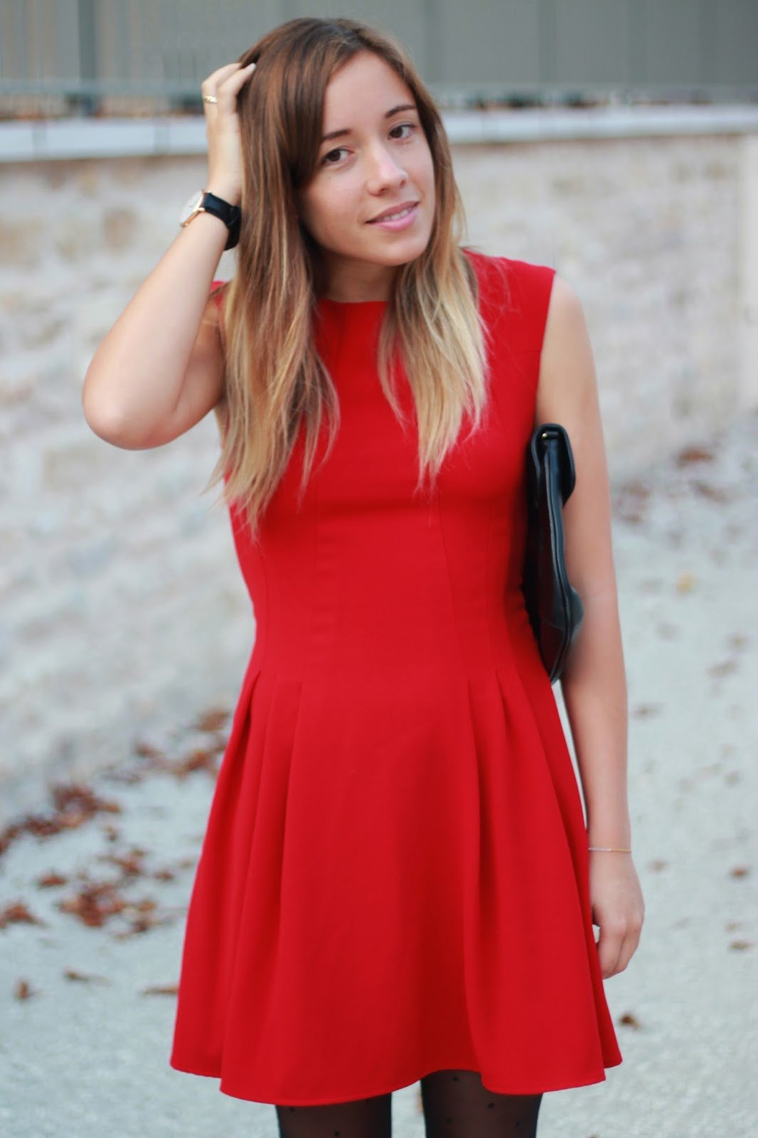 d dramatiser la petite robe rouge la penderie de chlo blog mode. Black Bedroom Furniture Sets. Home Design Ideas