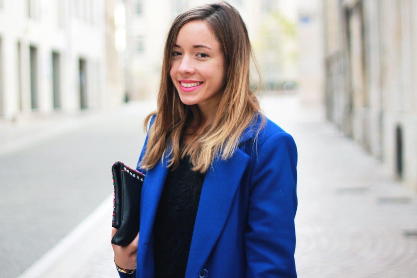 Manteau caban bleu blogueuse mode