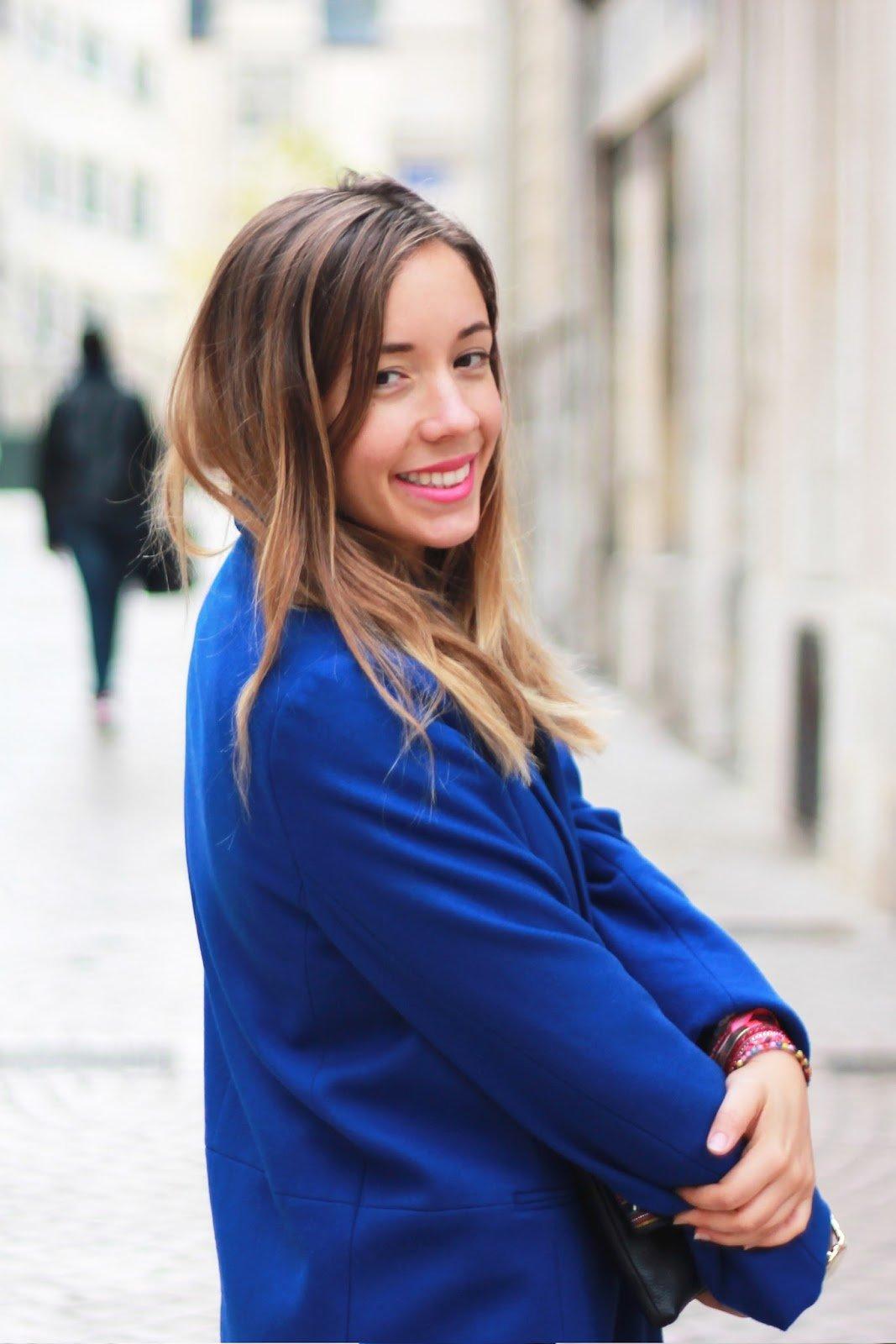 Manteau bleu foncé blog mode