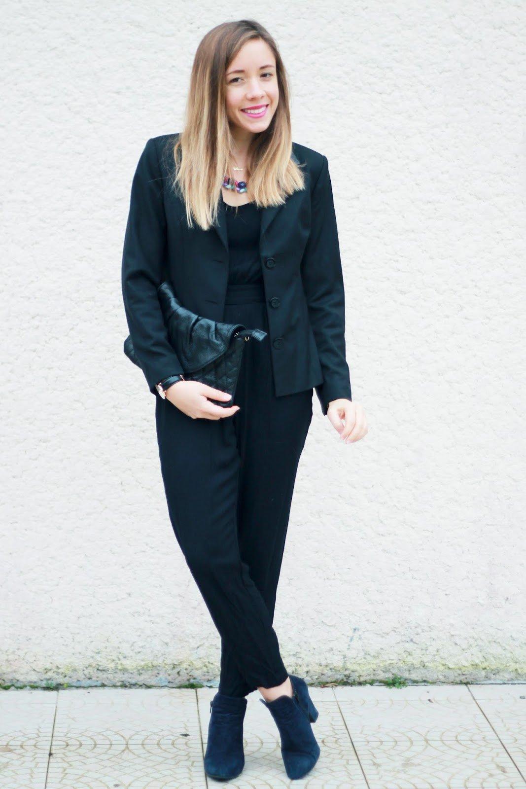 Total look noir accessoires coloré