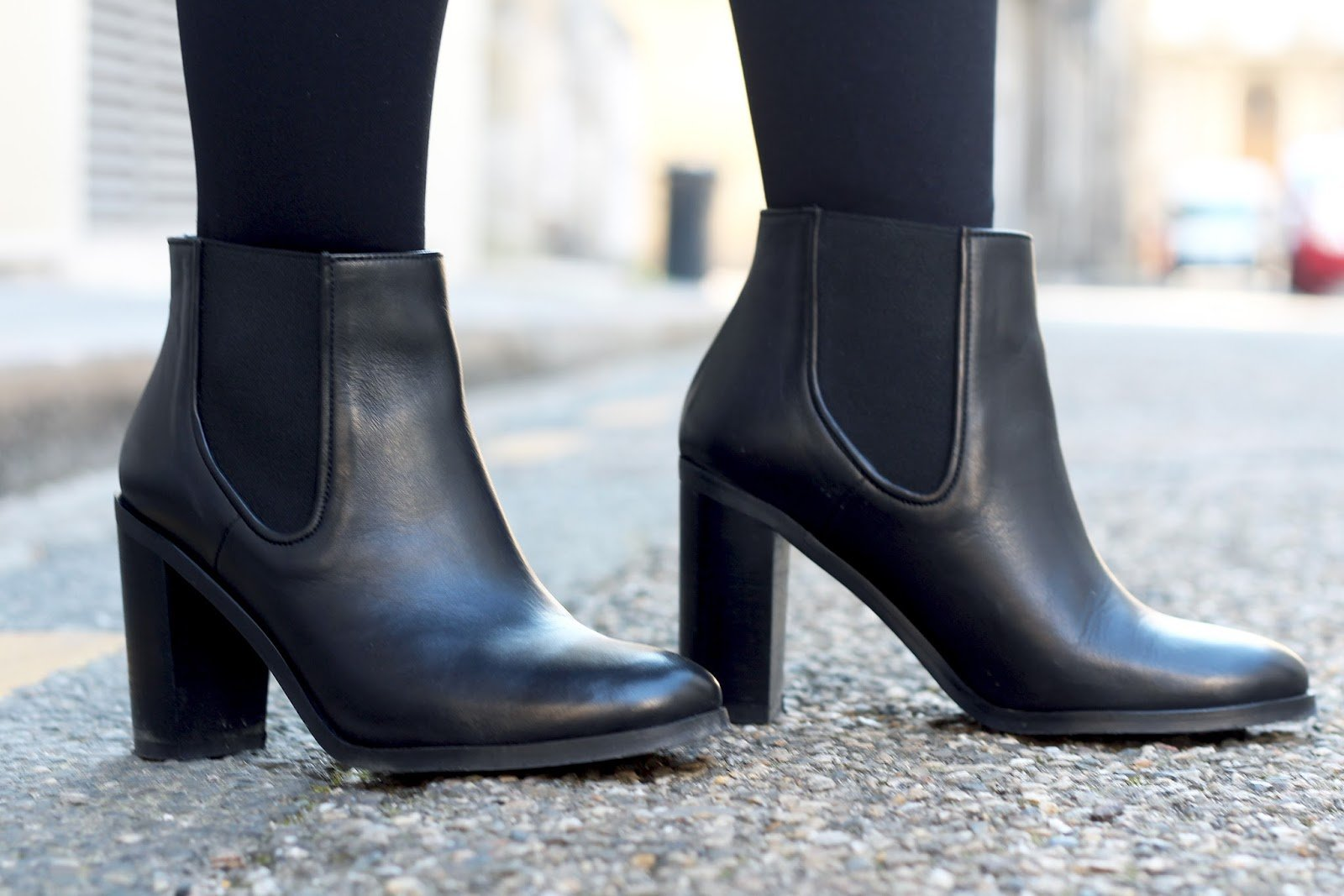 Bottines noires talons