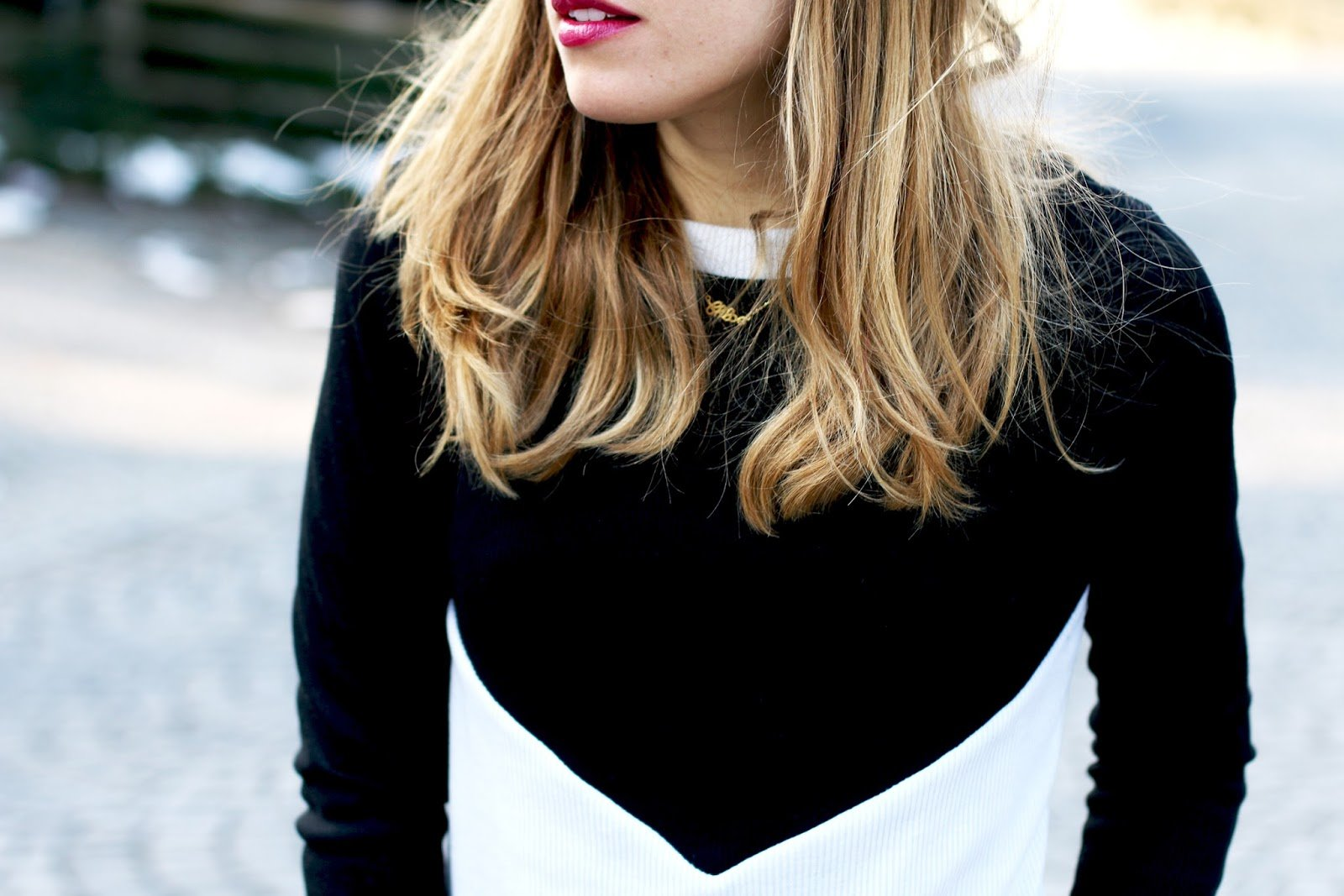 pull noir blanc