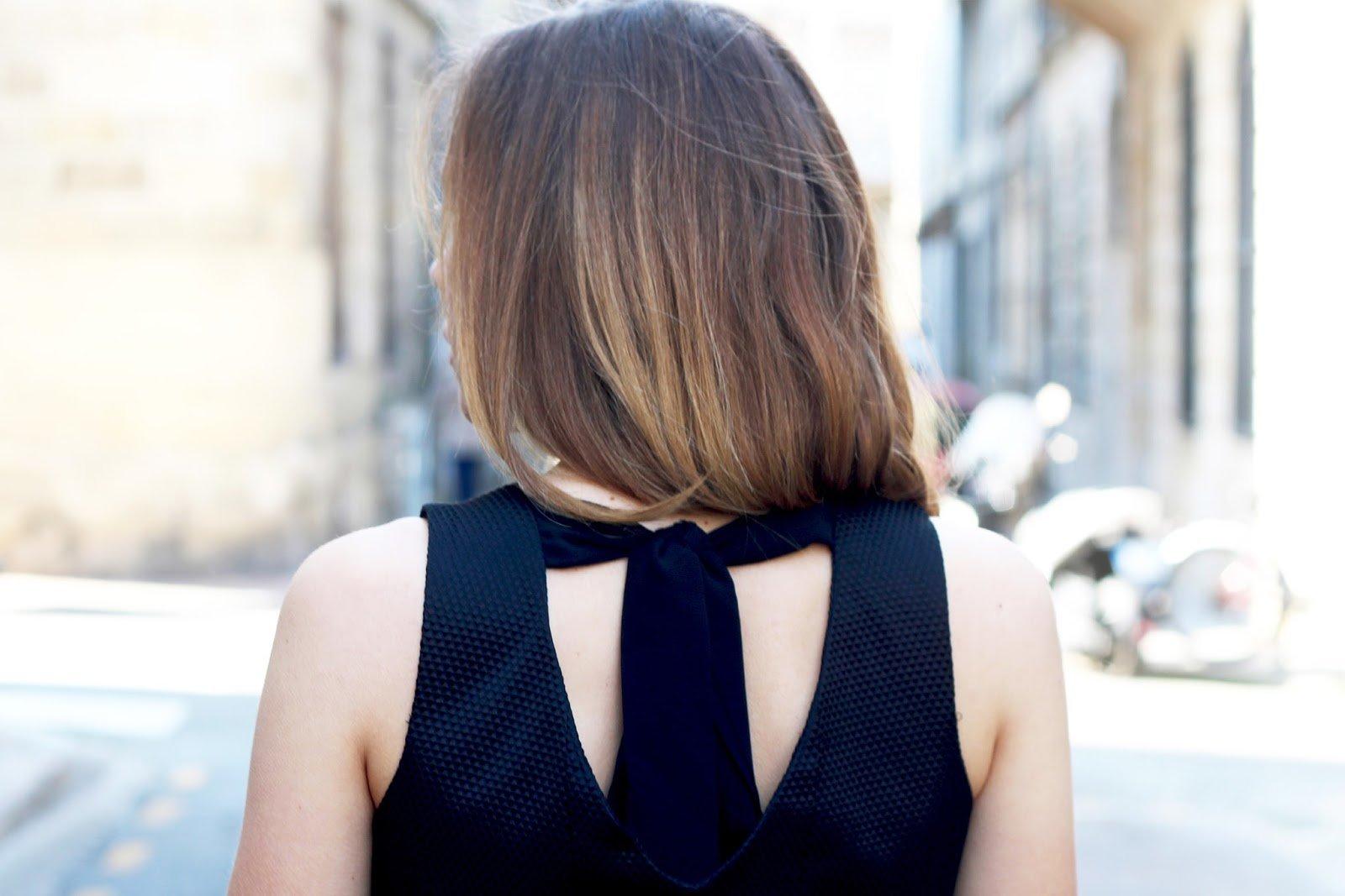 robe noire noeud dos
