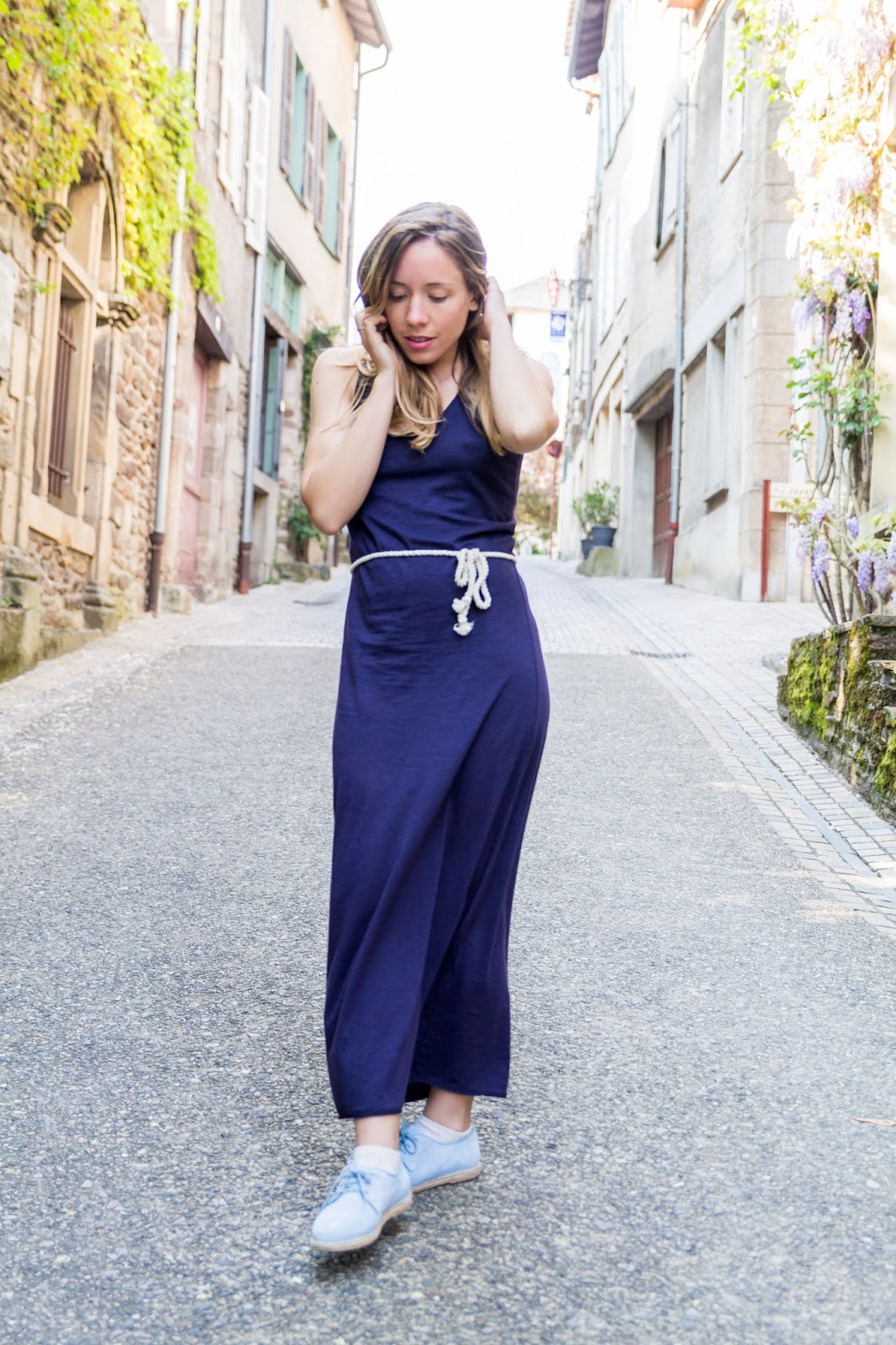 robe longue bleu marine blog mode la penderie de chloe. Black Bedroom Furniture Sets. Home Design Ideas