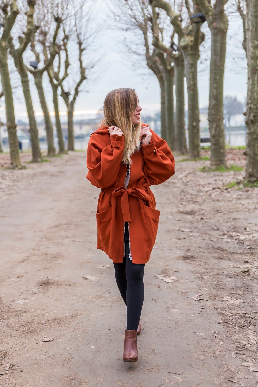 Manteau rouille orange