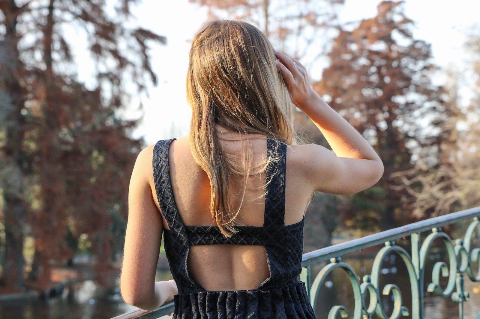 petite robe noire pour les f tes blog mode la penderie de chloe. Black Bedroom Furniture Sets. Home Design Ideas