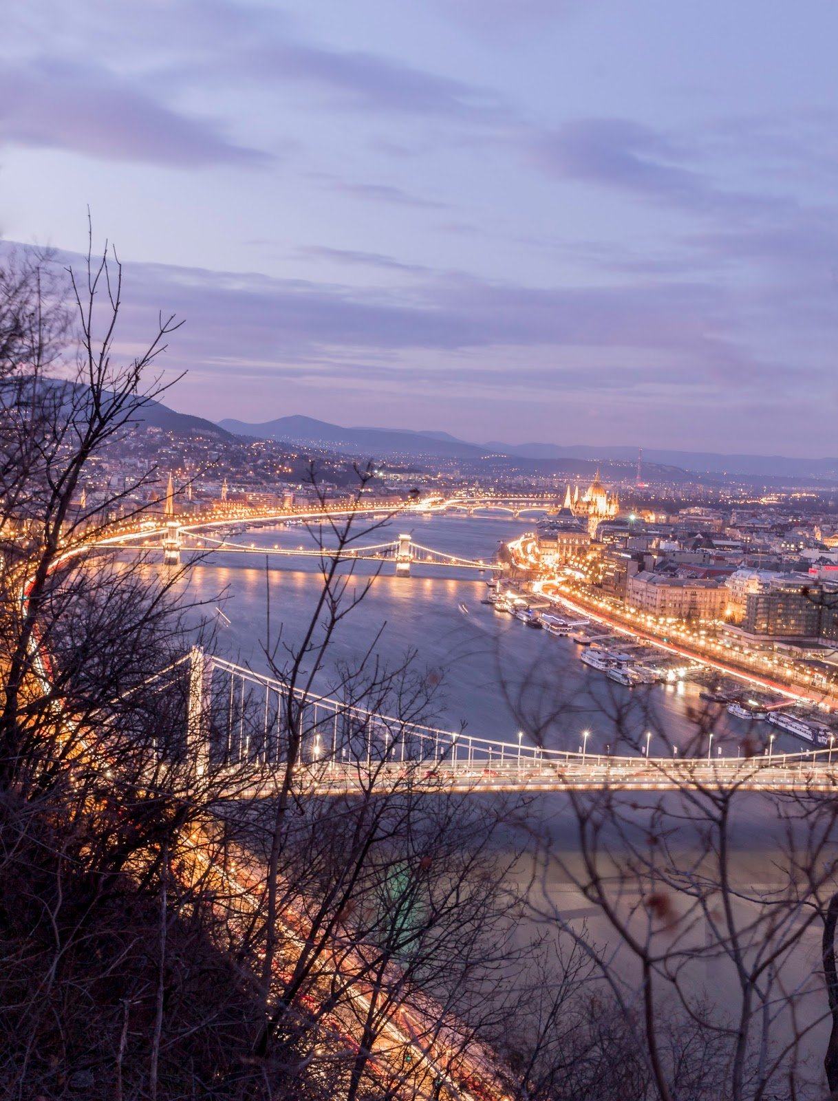 Budapest pont de nuit
