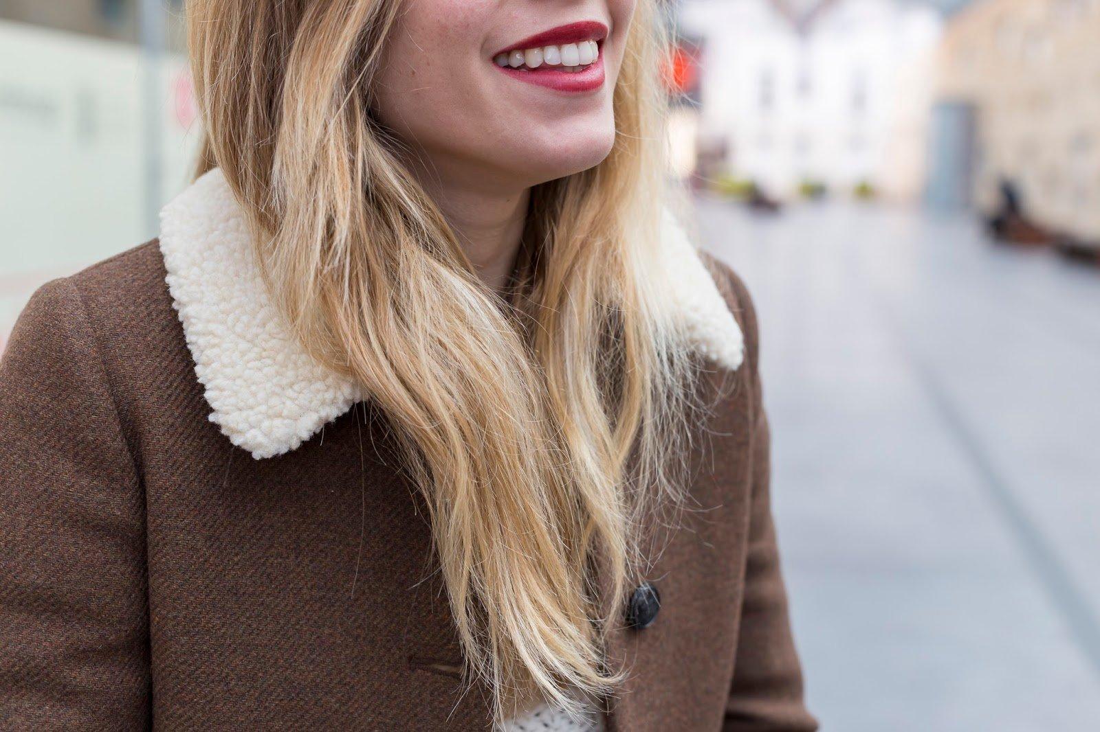 manteau détail col fourrure