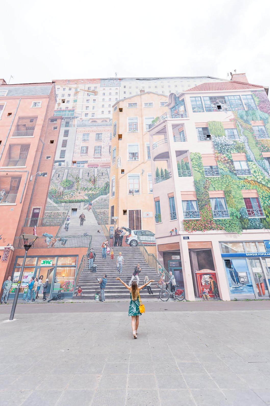 Lyon mur des canuts
