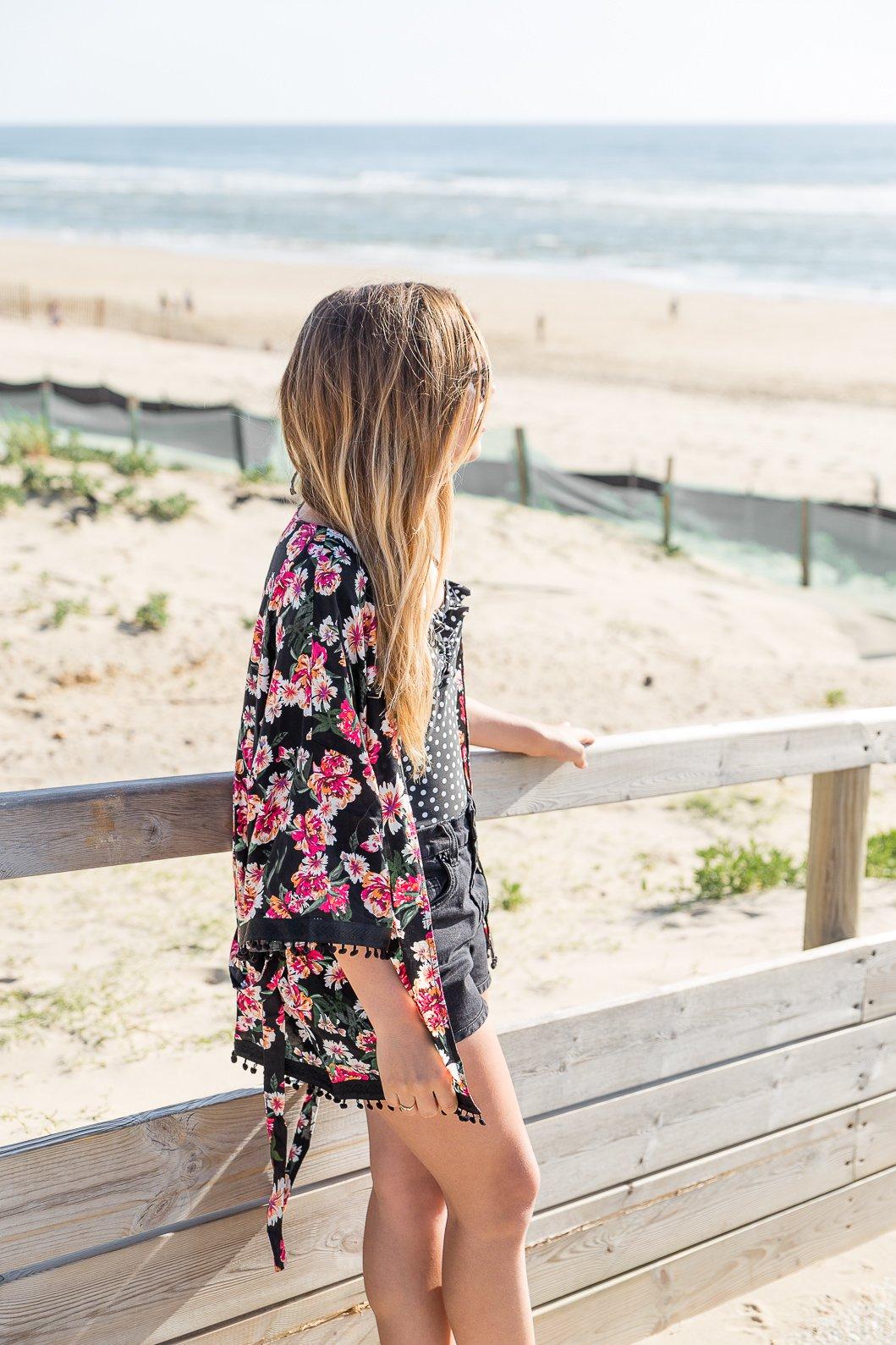 Veste à fleurs type kimono