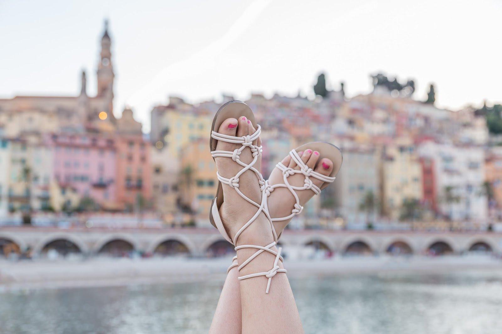 La Redoute Sandales plates à brides tressées