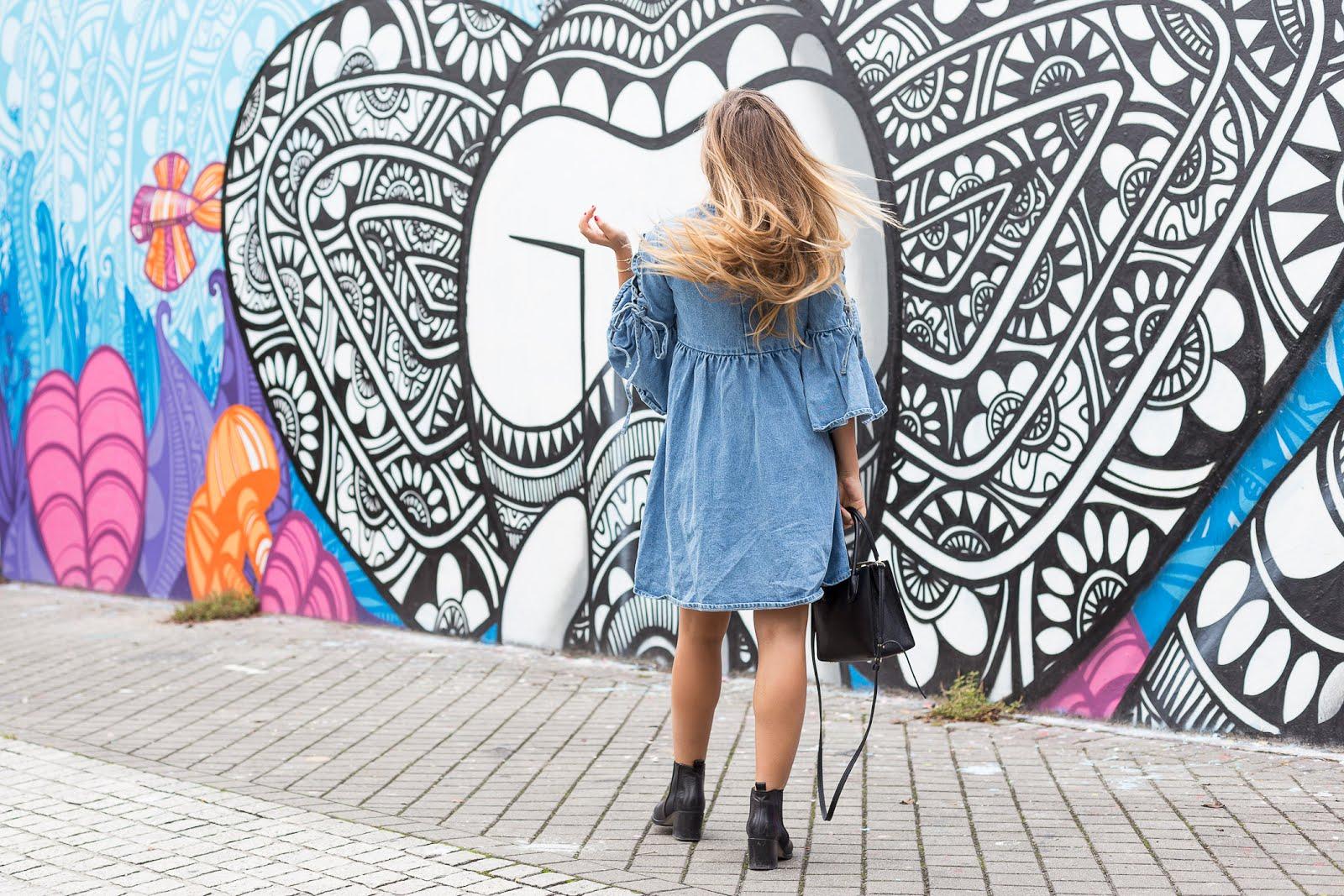 Robe en jean blogueuse mode