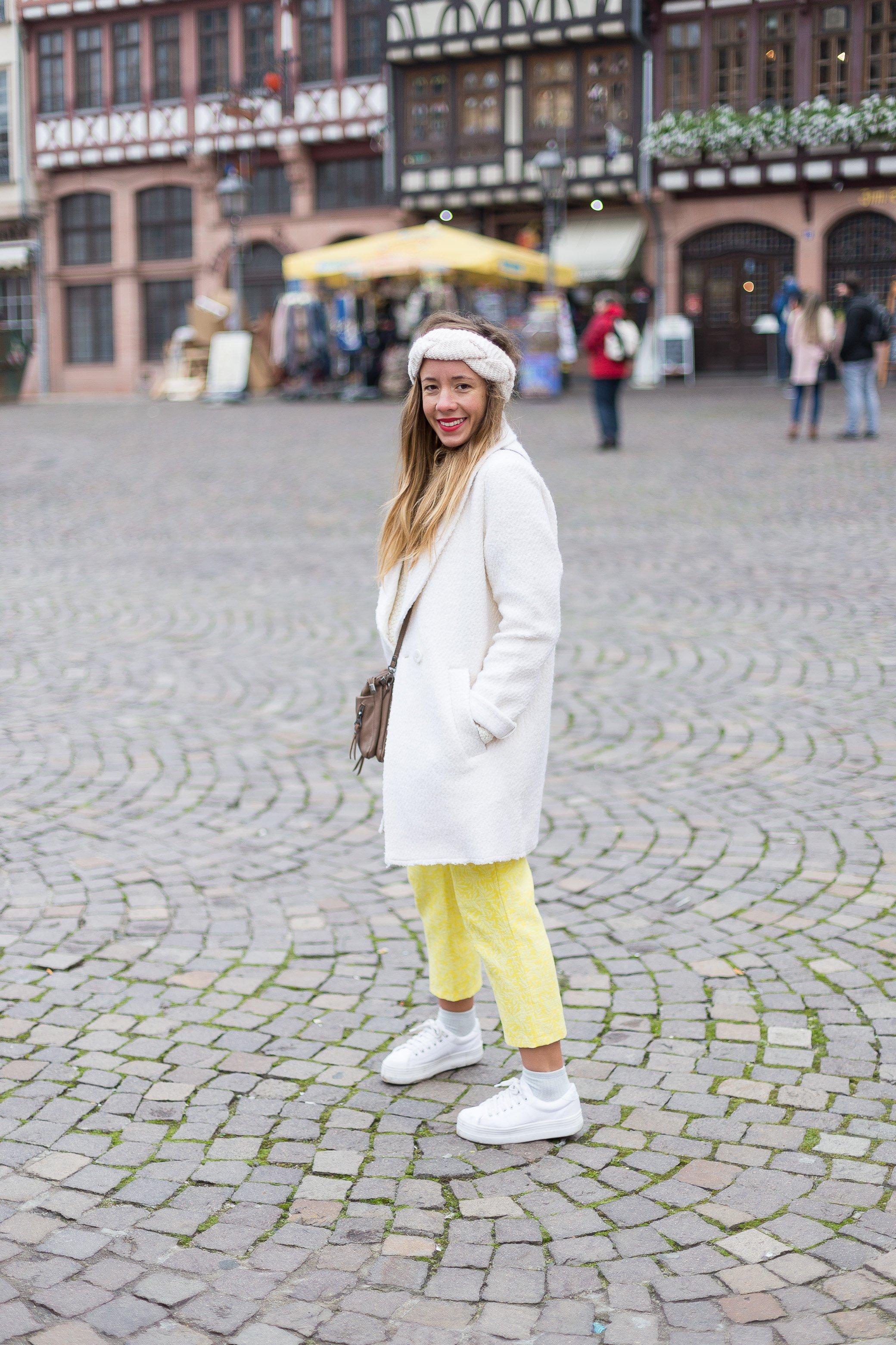tenue hiver blanc jaune