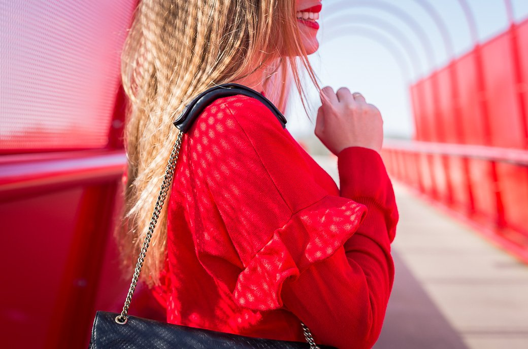 pull-rouge-volant-gemo