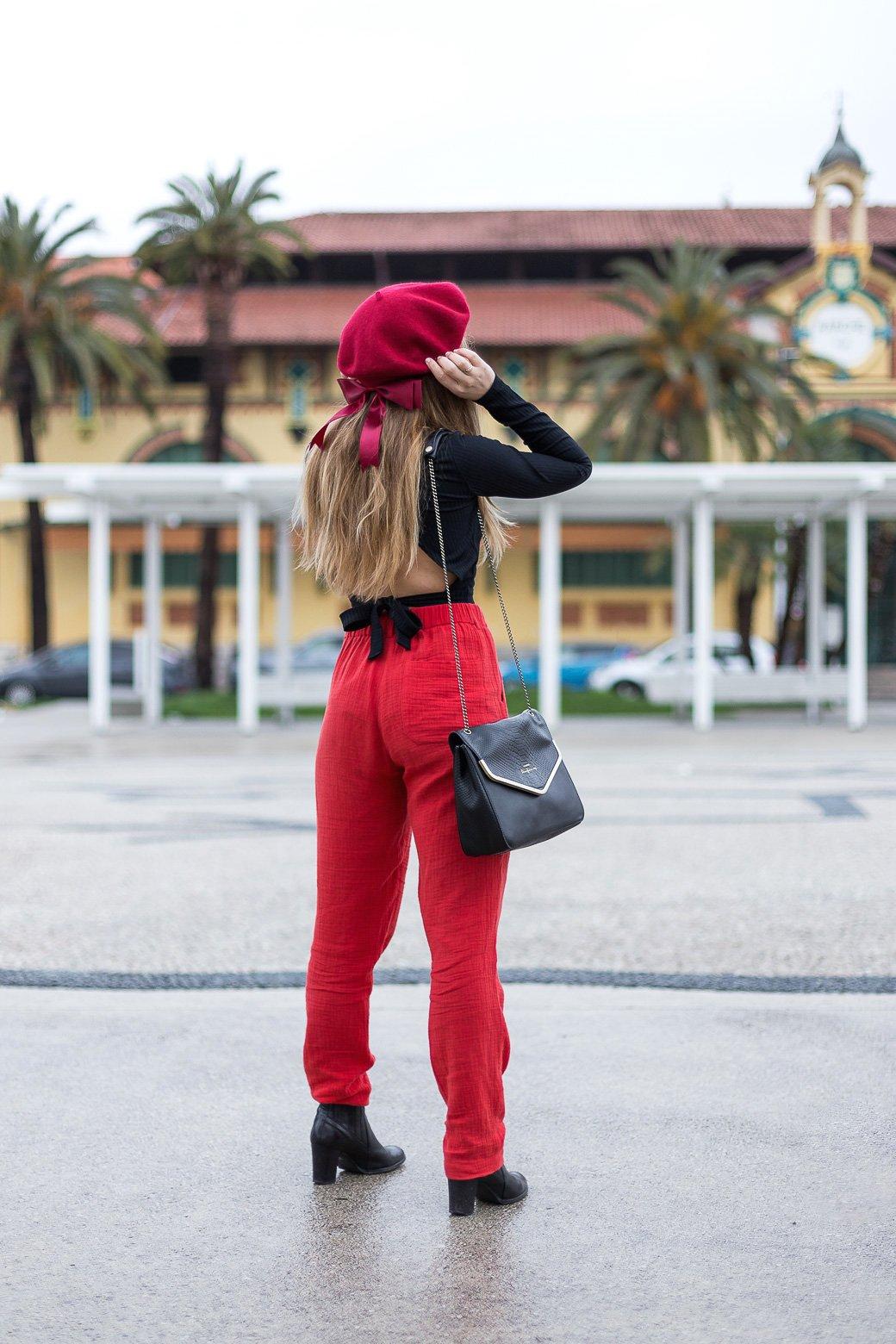 comment porter le béret rouge