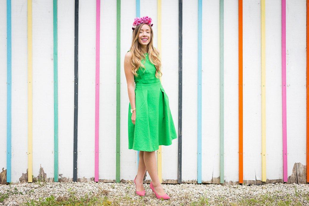 tenue mariage avec une robe verte