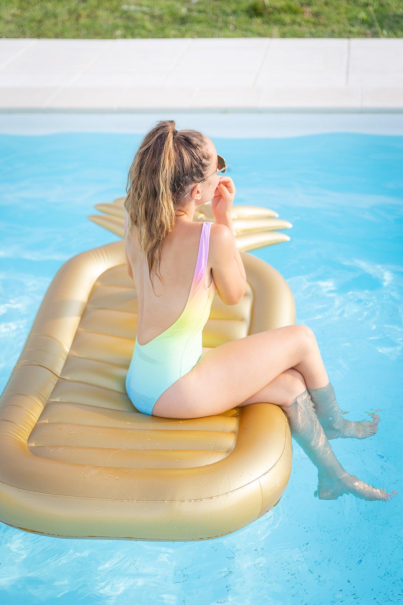Bouée piscine shopping maillot de bain