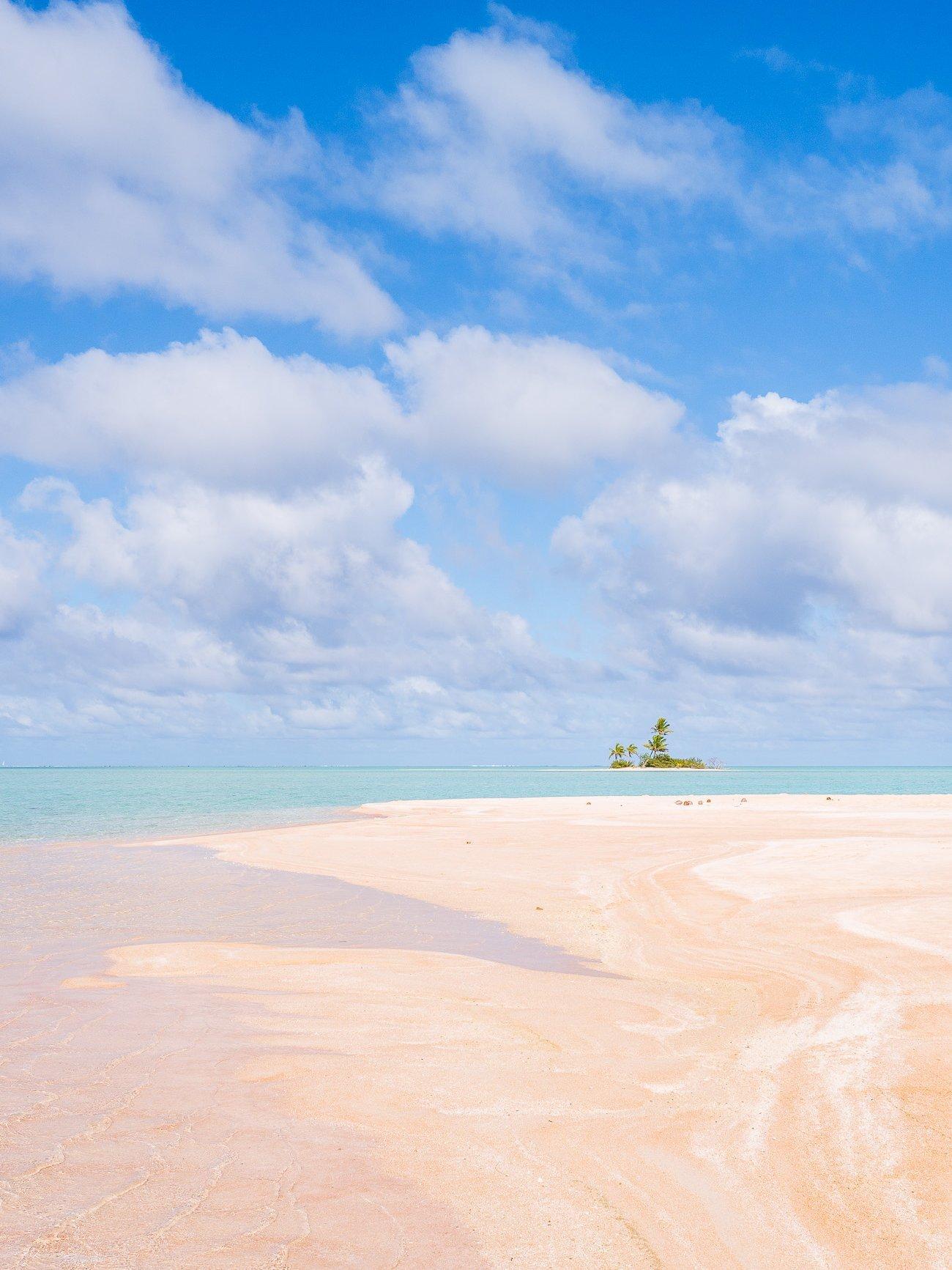 Plage de sable rose Fakarava